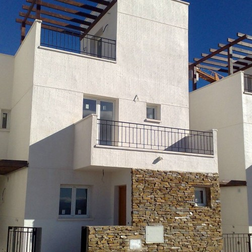 Promoción de viviendas unifamiliares en Gérgal, (Almería)